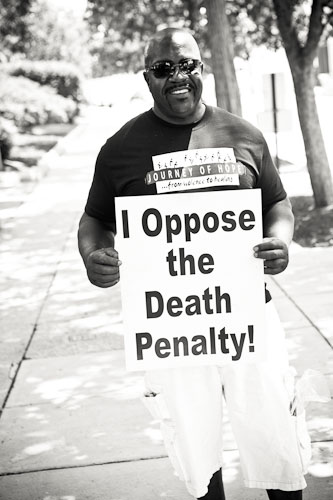 People's Law Office client Nathson Fields who received death penalty and was later acquitted
